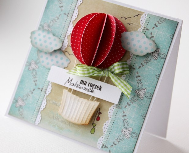 Great idea for bottom of cupcake punch - hot air balloon card - bjl