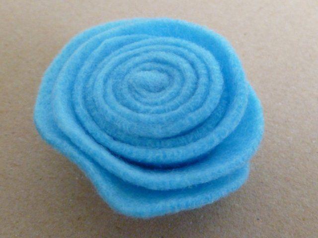 Marly Design: Vilten roos maken / Making felt roses