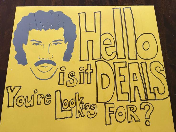garage sales signs