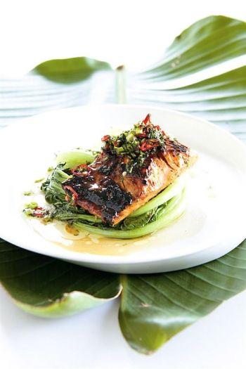 Oriental glazed salmon recipe on www.nomu.co.za