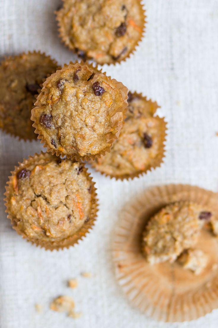 Carrot cake muffins. Oh, niet onbelangrijk: dit is ook een 'gezonde variant', dus er is geen suikerkorrel te bespeuren.