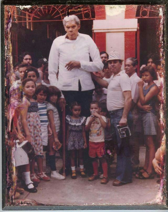 "Puerto Rico.Felipe Birriel, also known as ""El Gigante de Carolina"" (The Giant of Carolina) (August 16, 1916-March 15, 1994) is considered to have been the tallest Puerto Rican, with an unconfirmed height of 241 centimeters or seven feet eleven inches (7' 11""). he died from a heart attack on March 15, 1994, at the age of 77, in Carolina, Puerto Rico..."