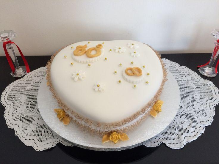 22 migliori immagini torte per 18 anni su pinterest for Decorazione torte per 50 anni di matrimonio