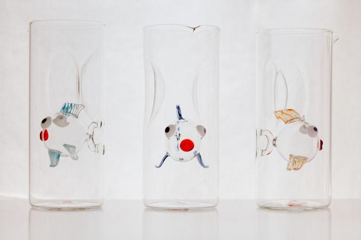 Octopus's Garden: la nuova collezione estiva 2014 di #Centrotavola #Milano. Brocche in vetro soffiato con pesce all'interno. Blown glass jugs within fish.