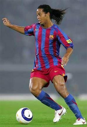 el mejor dribleador... Ronaldinho - Barcelona
