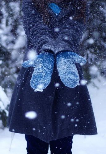 Snow makes girls fall in love with the winter nights and winter guys