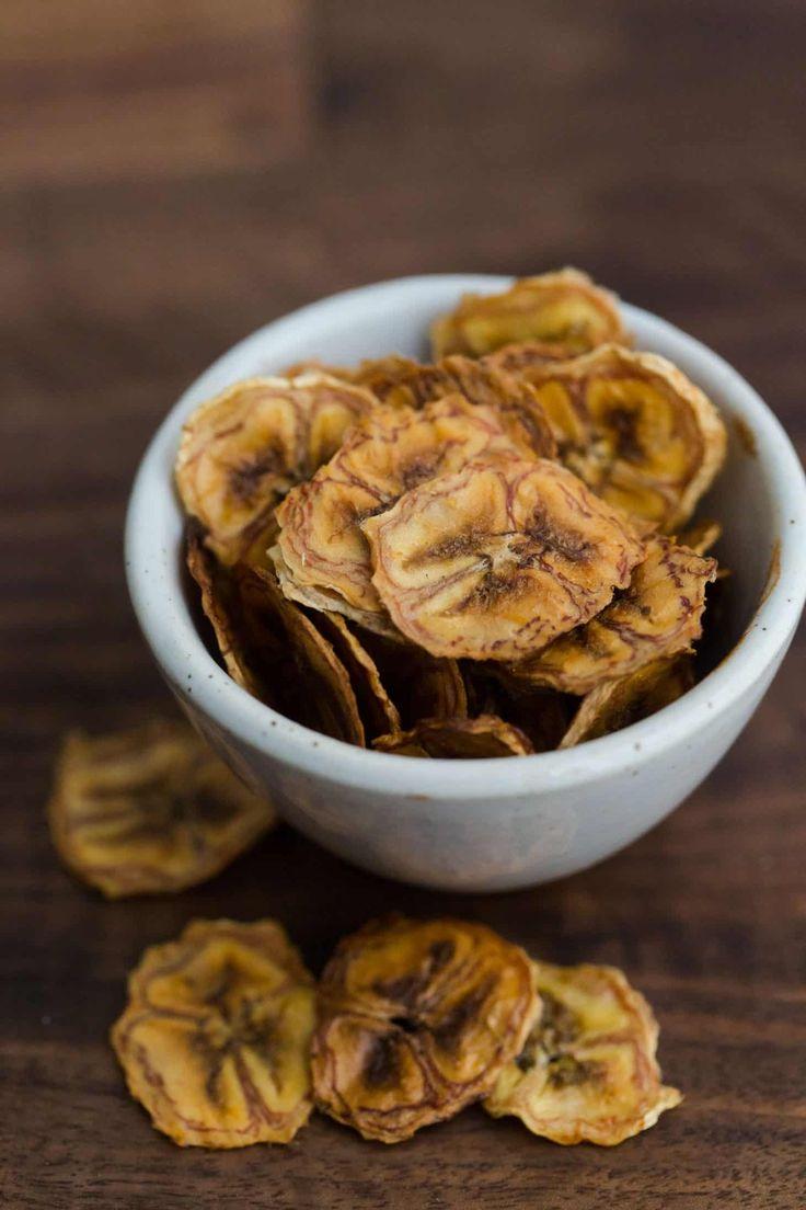 Homemade Banana Chips | @naturallyella