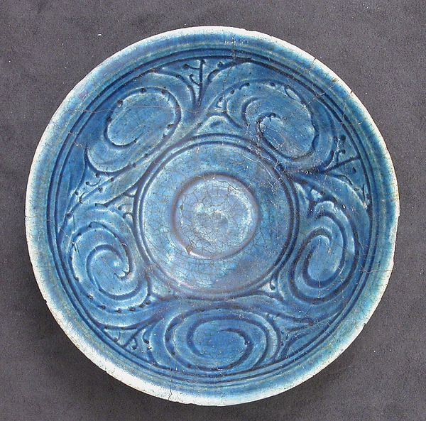 Bowl 12th–13th century Iran Islamic culture glazed stonepaste;