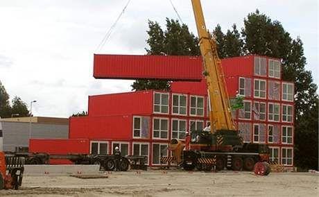 Studentské koleje z kontejnerů