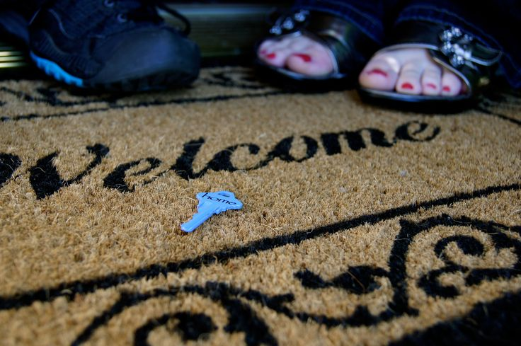 New home: welcome mat