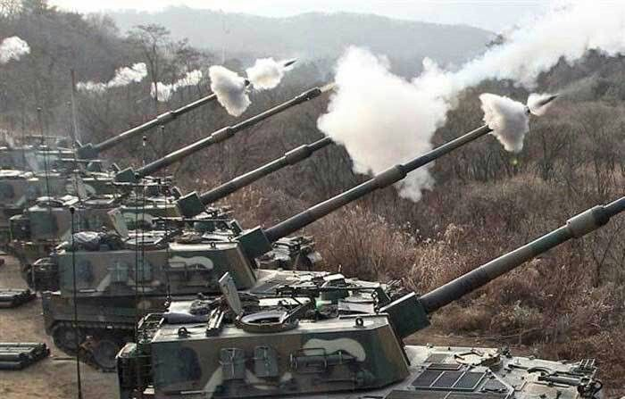 K9 Thunder self tracked propelled howitzer155 mm