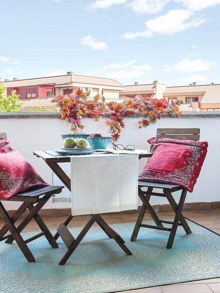 Terraza con mesa tijera