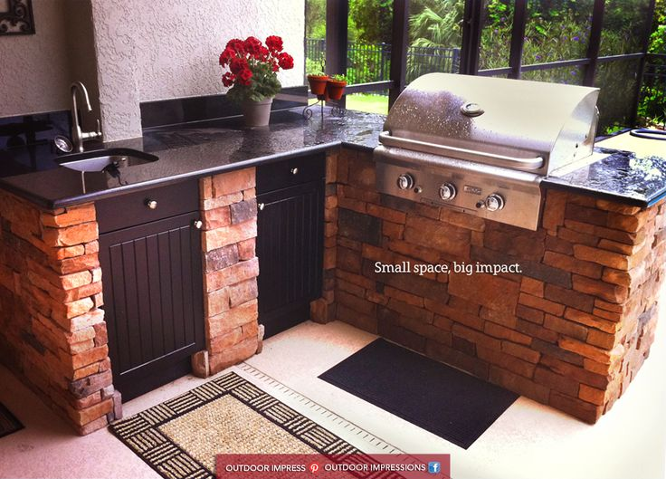 Big things in small packages do exist this beautiful l for Beautiful l shaped kitchens