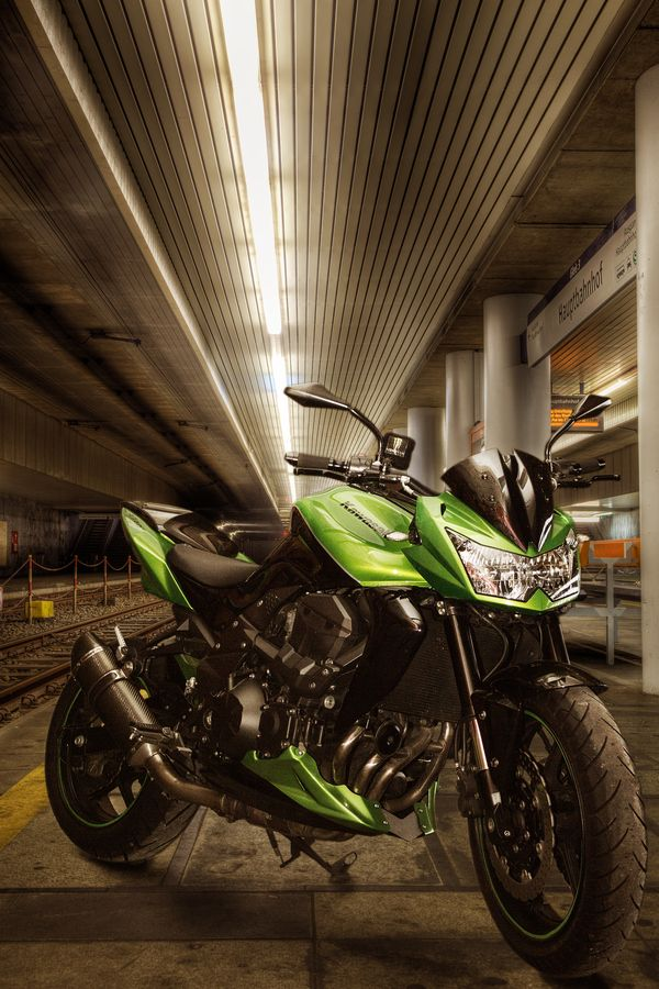 Kawasaki Z750 by Matze on 500px