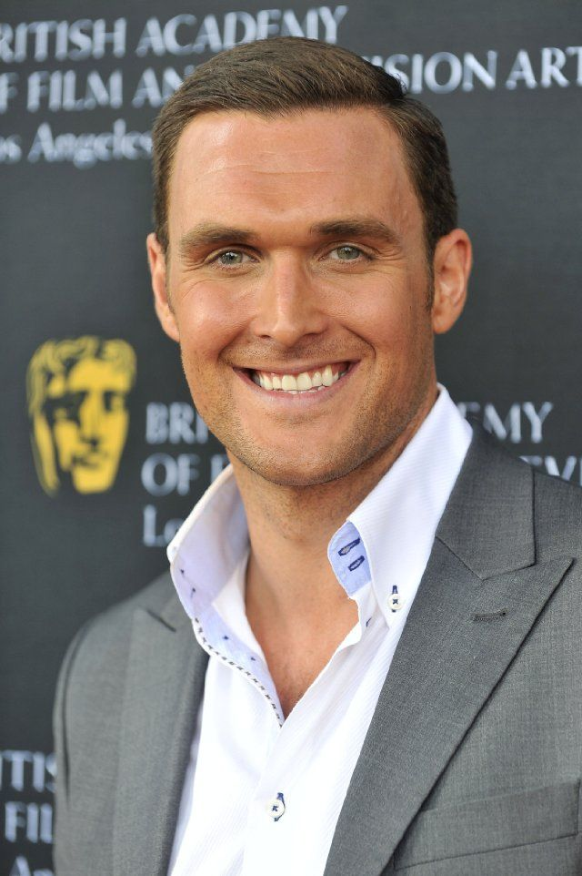 """Owain Yeoman, a.k.a. Wayne Rigsby from """"The Mentalist"""" - always thought he was adorable (again, that dark hair, light eyes combination!), and then I found out he has a British accent - instantly at least 10x more attractive now!"""