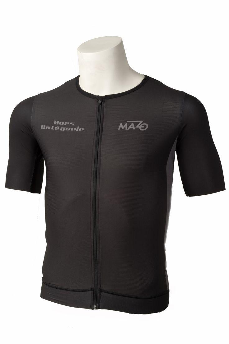 El Tío del Mazo y su cada más consolidada y apreciada marca de ropa especializada en equipaciones ciclistas premium, El Mazo, ha lanzado su nueva y rompedora colección de ropa de verano, una línea …