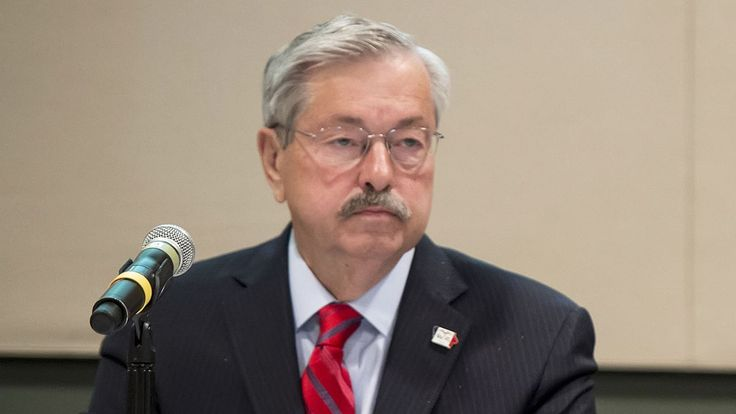 Governor Demands To Know Which Star On American Flag Is Iowa's