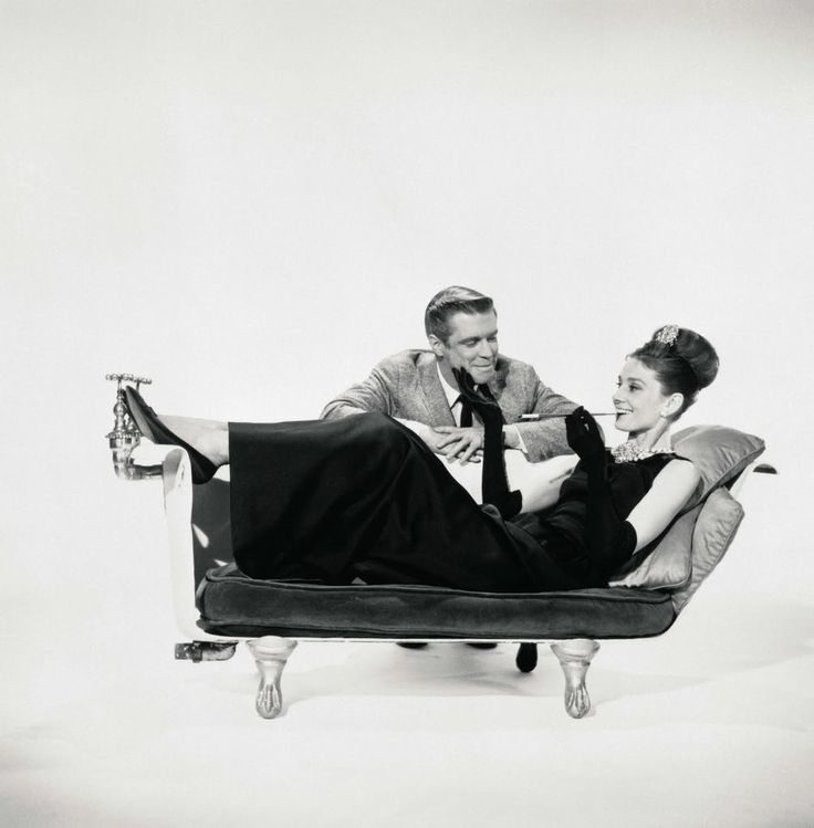 Breakfast at Tiffany's bathtub couch.   I will make this for myself.