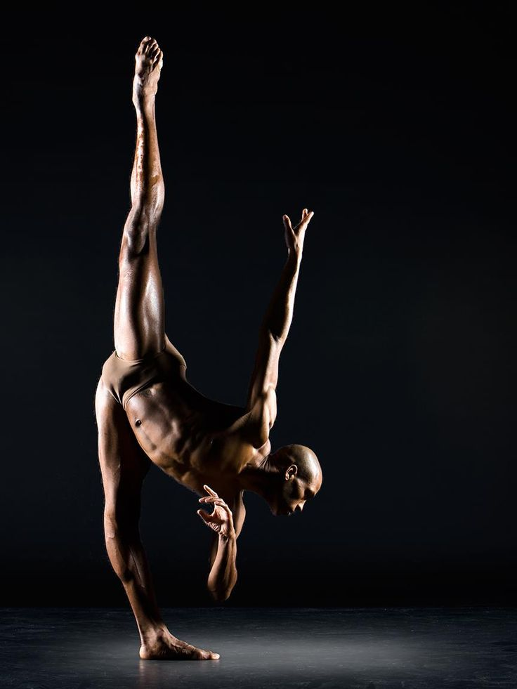 """the ballet physique as molded by media The ballet dancer physique ballet dancers, both male and female, are typically expected to look and be very thin in physique it is also expected that female dancers be """"light"""" and """"float"""" as they dance or are lifted by male ballet dancers."""