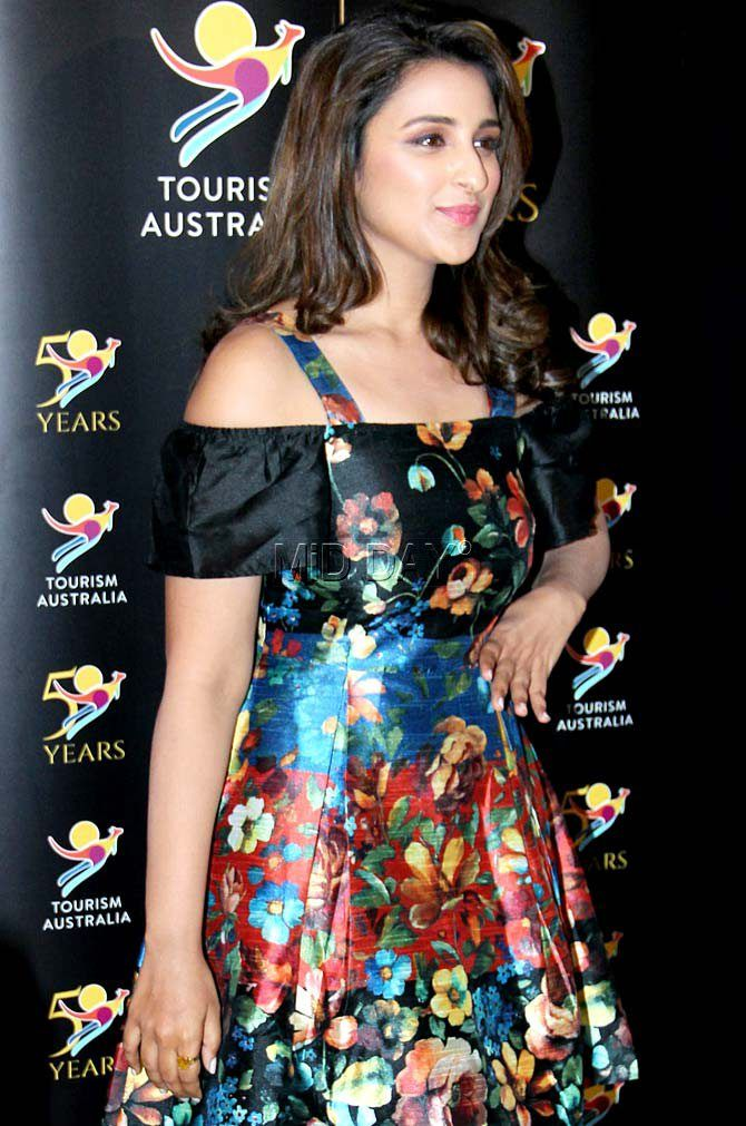 Photos: Parineeti Chopra looks pretty in floral dress - Entertainment #middaybollywood #bollywoodactors #bollywoodmovies #bollywoodphotos #bollywoodfashion #bollywoodinstant #bollywoodgossip #bollywoodupdates
