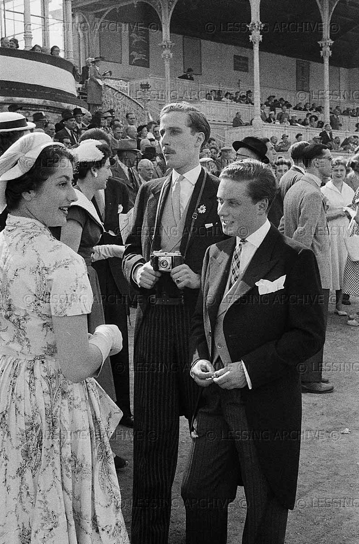 stylish gents... Count Peter Marenzi,Max Turnauer and friend at the races on Vienna's Freudenau racecourse. Vienna,1954  Townscape, Vienna, Austria