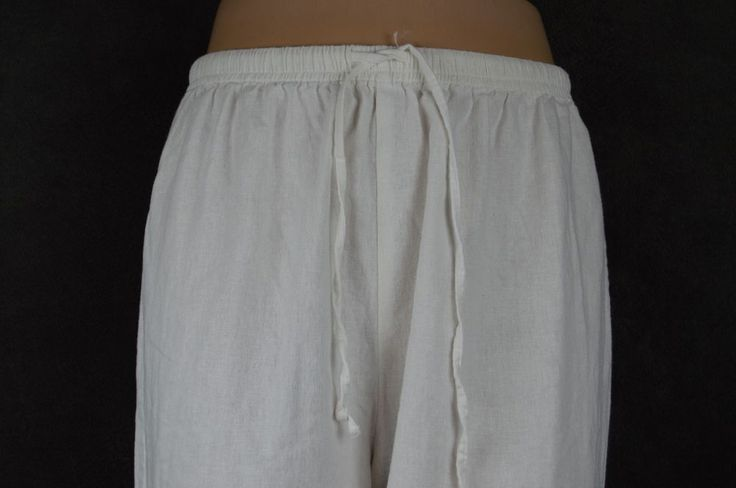 Original Copa Cabana ladies large L linen white embroidered capri pants SEE COND #OriginalCopaCabana #CaprisCropped