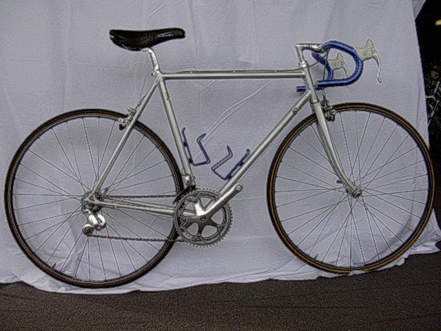 1988 DeRosa. Similar to my second racer which was a 1985 with Columbus SLX.