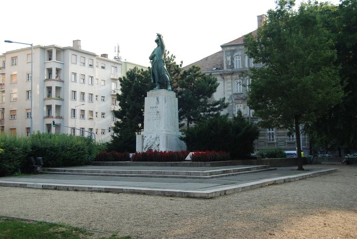 Józef Bem the Polish general of artillery and Supreme Commander of Hungarian Armies during The Spring of Nations in Hungary 1848 - 49 (Bem's monument in Budapest, Hungary).