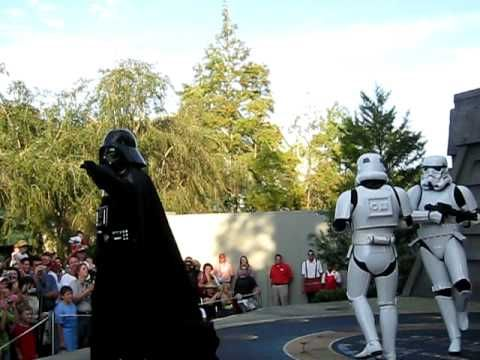"""BEST EVER. Vader dancing to """"Can't Touch This"""""""