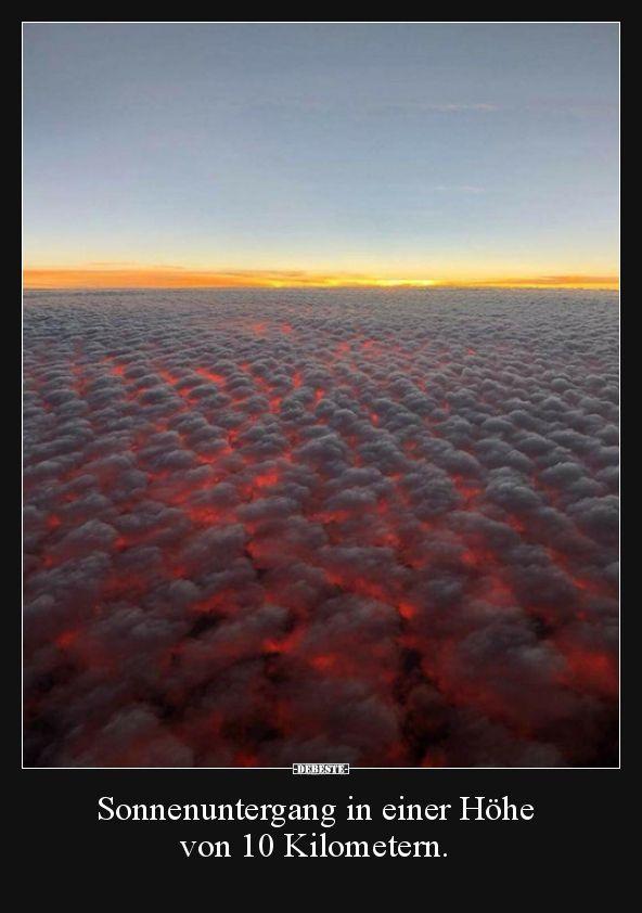 Sonnenuntergang in einer Höhe von 10 Kilometern…..