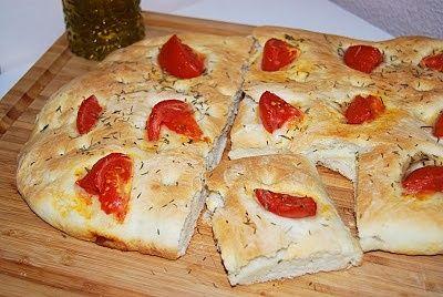 Focaccia z pomidorami i tymiankiem