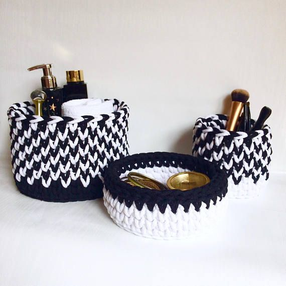 Crochet baskets Black & white Set of 3