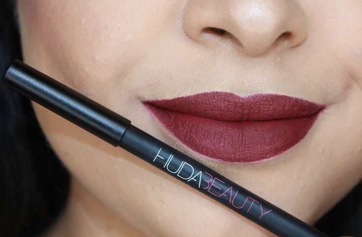 Danielle Bodden: Huda Beauty Famous Lip Contour REVIEW + SWATCHES