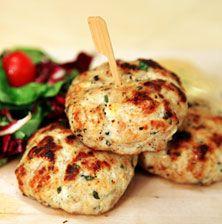 Πανεύκολα, χωρίς ίχνος ψωμιού και γλουτένης πεντανόστιμα λόγω του ανθότυρου και των διακριτικών μπαχαρικών