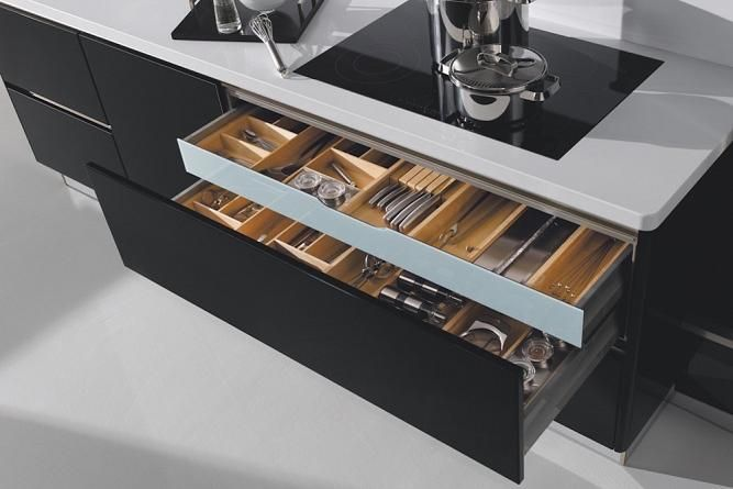 Kitchen drawer organisers