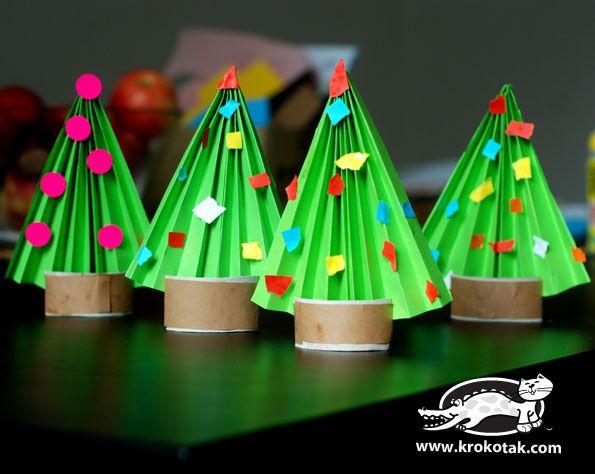 Vánoční stromeček - skládání papíru
