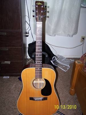 70s aria 9220 acoustic guitar case martin gibson pick this is identical to mine it 39 s a 1973. Black Bedroom Furniture Sets. Home Design Ideas
