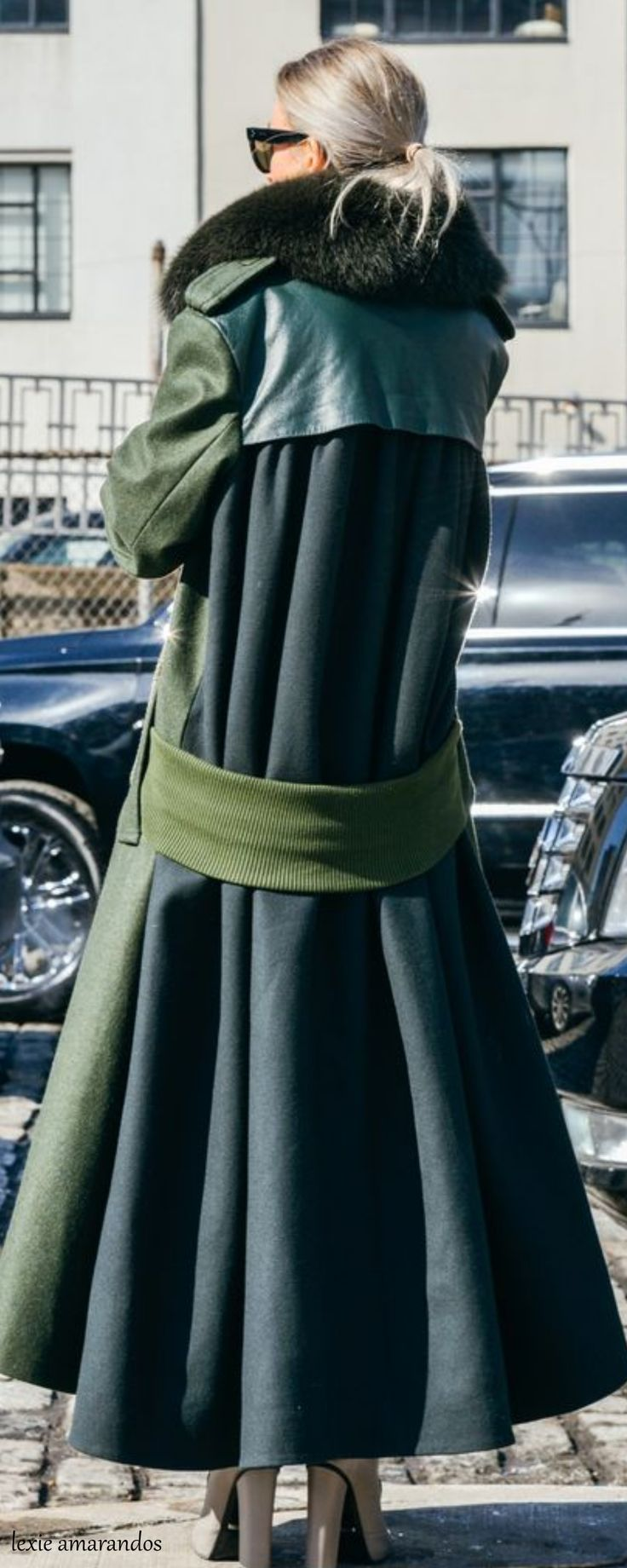 How To Rock The Coat   House of Beccaria~