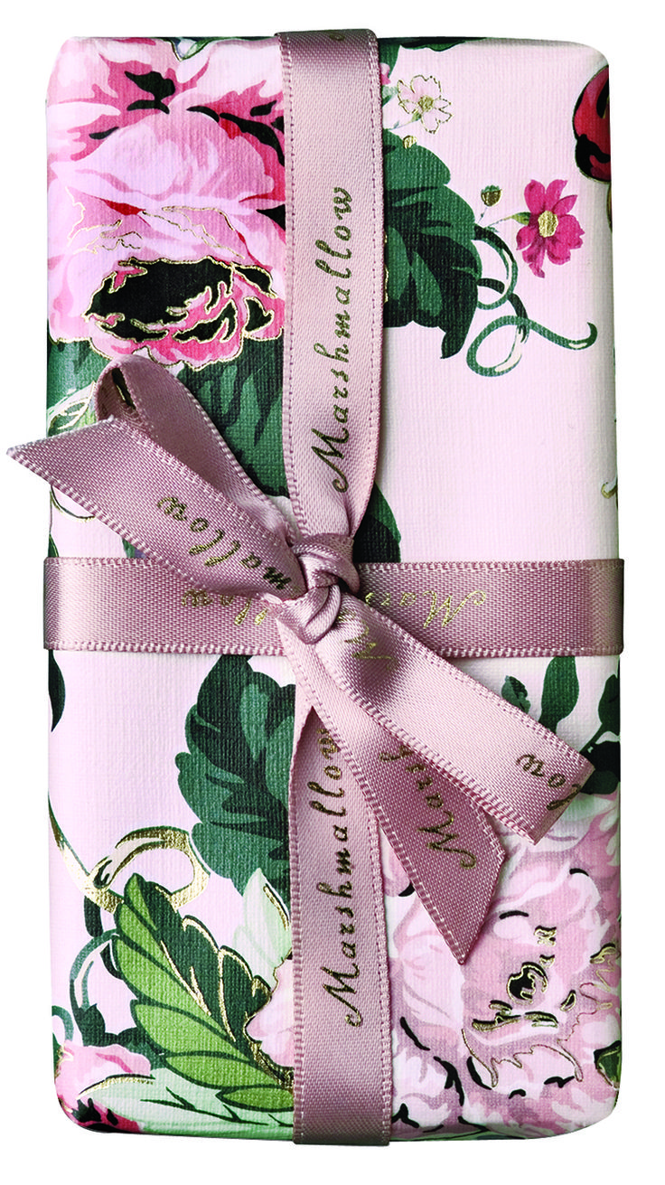 Vintage style pale pink floral wrap is simply beautiful