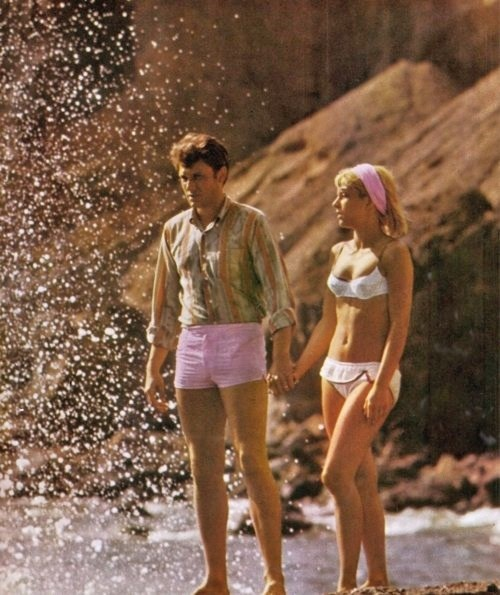 Sylvie Vartan and Johnny Haliday. 60s summer style.