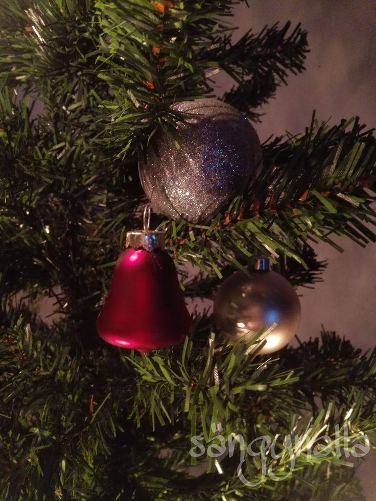 Sängyn alla : Perinteinen Joulu