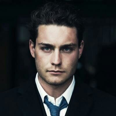 This Dutch Beauty is gonna take part of the Eurovision Song Contest 2016. Can't wait to hear him sing. It is Douwe Bob my new dutch favorite Singer. His voice is like soft flowers and butterflies. Common everybody Vote for this Hottie