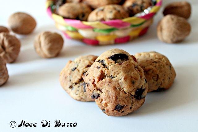 Bocconcini albicocche, cioccolato e noci, ricetta Noce Di Burro