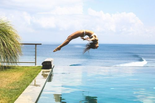 Amanda Bisk yoga flipping bali