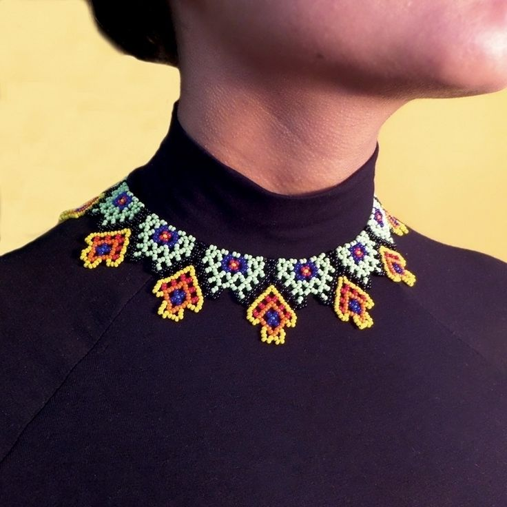 Collares : Gargantilla Caserío