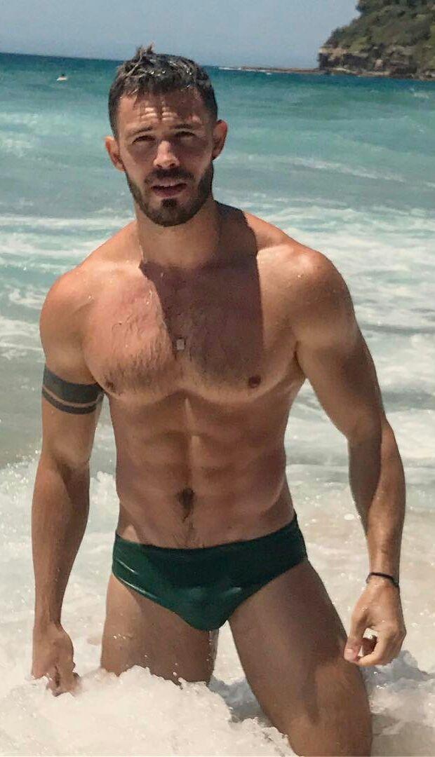 Сексуальны мужики плавки