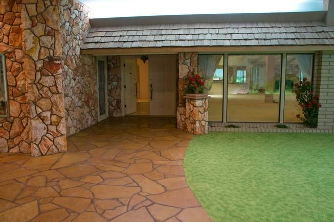 underground las vegas home built in the 70s completely intact - SO RAD!!