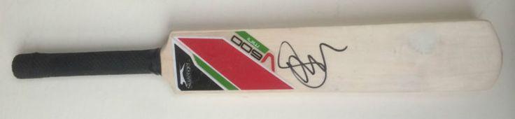 Ian Bell Signed England Cricket Mini Cricket BatPhoto Proof