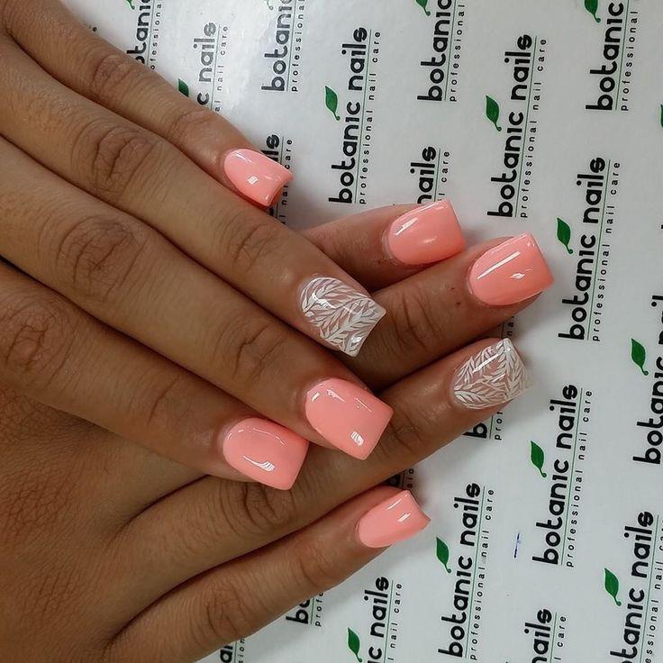 Botanic nails In love