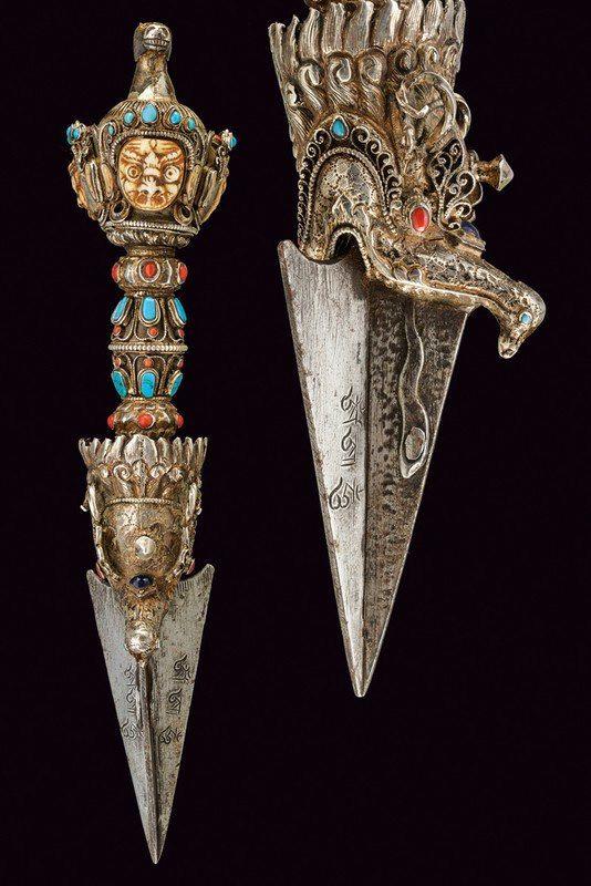 Тибетская пхурба (ритуальный кинжал)
